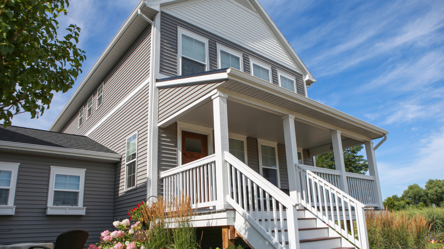 Don't Let Dull Siding Ruin Your Curb Appeal